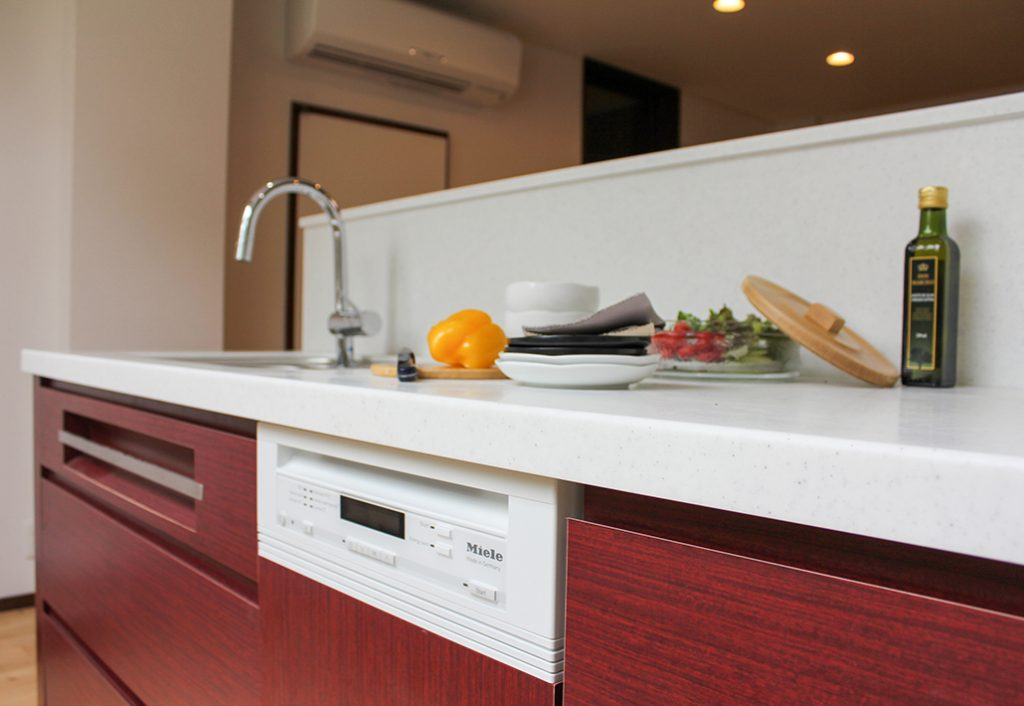 オーダーキッチン011コンテンポラリーデザイン