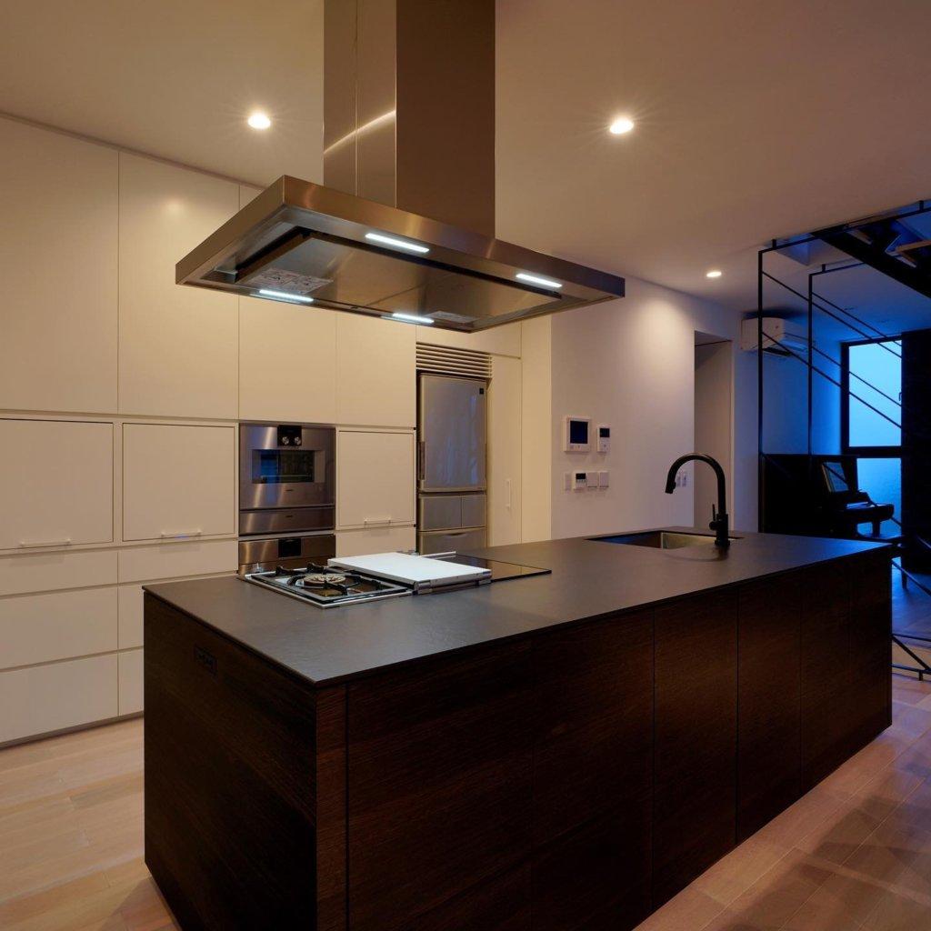 注文住宅で採用されたオリジナルキッチンの一例です。